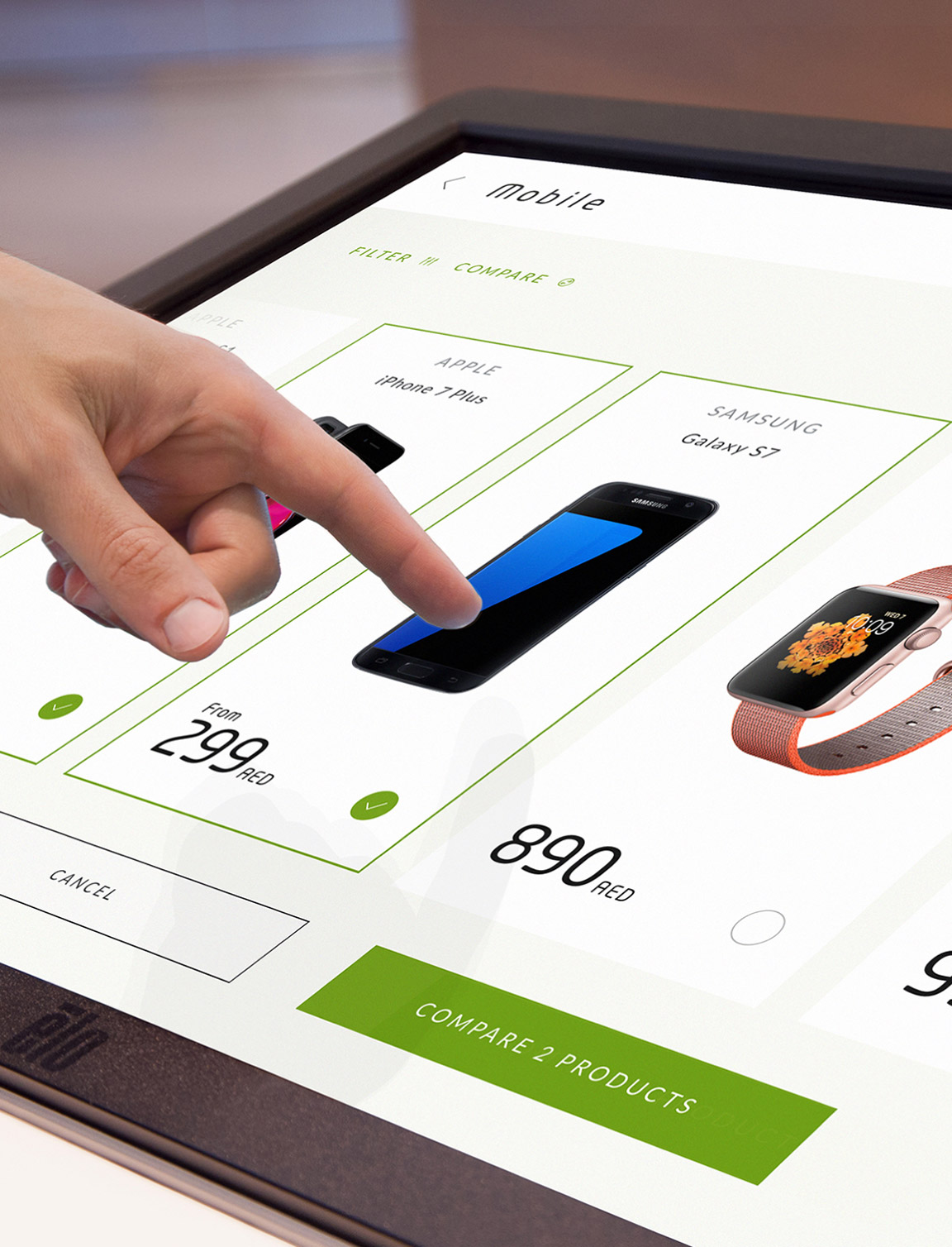 Reimagining the retail digital signage experience for a leading UAE telecom provider